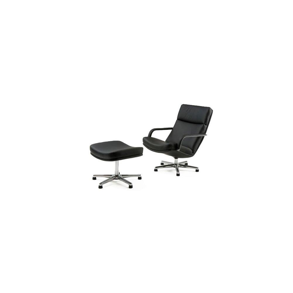 F142 Lounge Chair