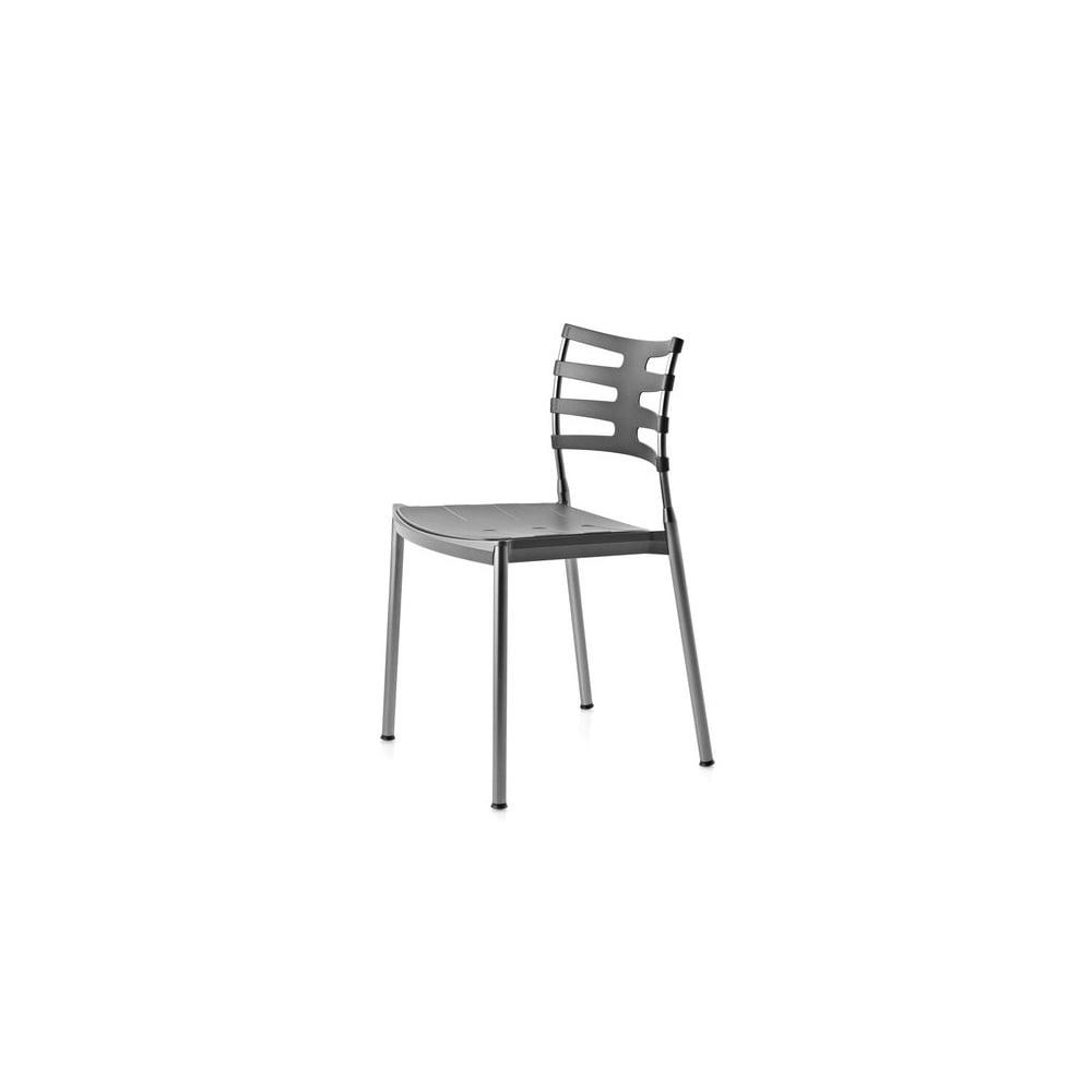 fritz hansen ice chair -