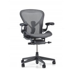 Herman Miller Aeron Chair Graphite - Size B (medium) - Precision