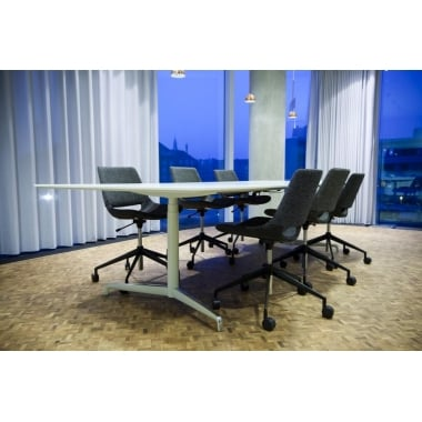 Holmris Genese Height Adjustable Meeting Table