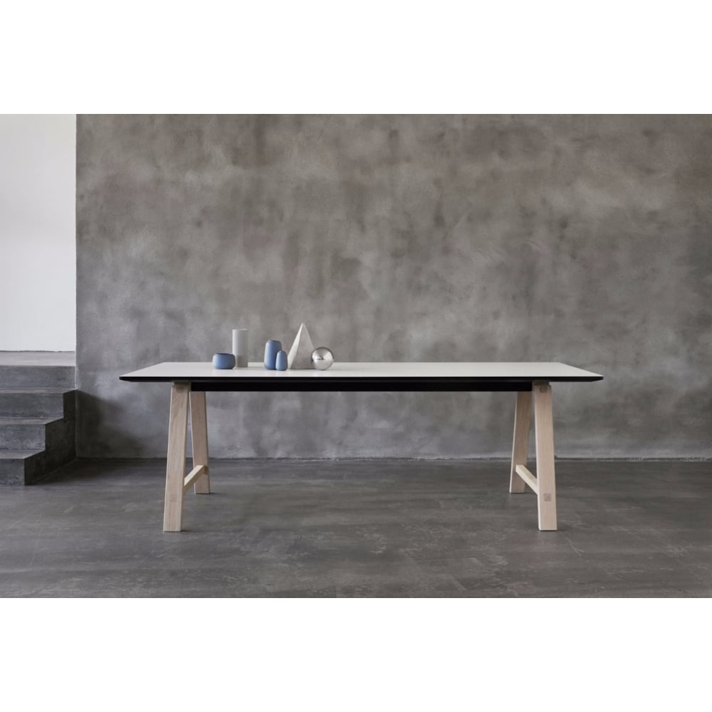 Icons Of Denmark Bykato T1 Table