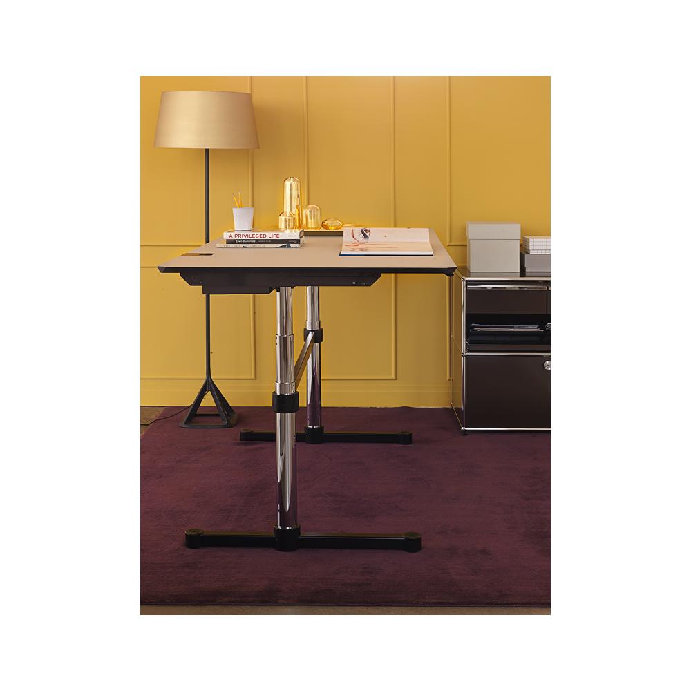usm haller kitos m height adjustable desk. Black Bedroom Furniture Sets. Home Design Ideas