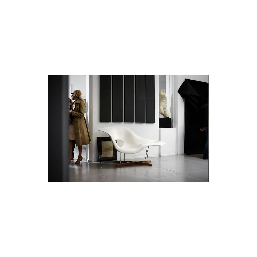 chaise vitra eames cool chaise eames enfant lwdesigns oct. Black Bedroom Furniture Sets. Home Design Ideas